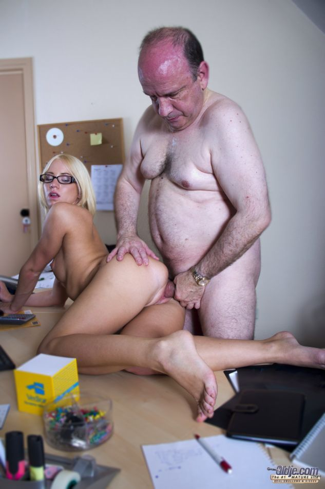Hiv through anal sex