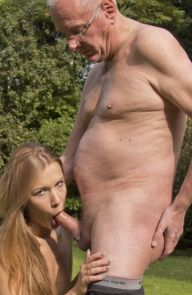 Alexis Crystal Old man fists slim babe outdoors