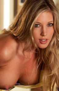 Samantha Saint That yellow shirt