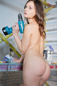 Anina Silk Sexy power tool