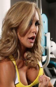 Brandi Love Sexy milf at the gym