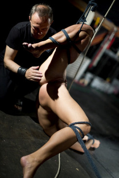 Chrissy Fox Addicted To Bdsm Pain