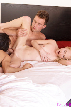 Odette Delacroix Bed Bunnies hardcore threesome