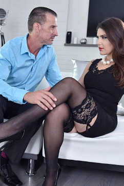 Valentina Nappi Crazy foot fetish- Italian Babe's Passion