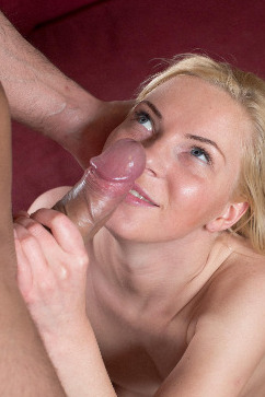 Angie Koks Anal sex penetration and a huge facial