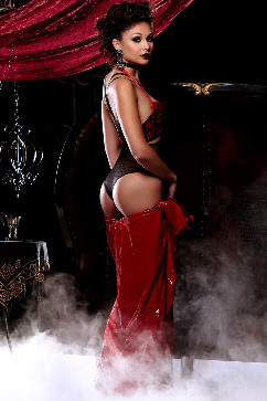 Ariana Marie Sexy vampire - red dress and high heels treat