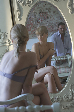 Charlize Bella Two horny strangers have fun