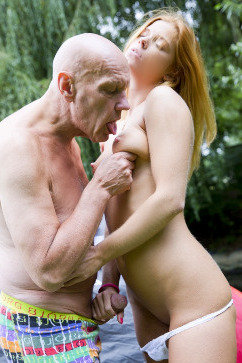 Chrissy Fox Hot Picnic Sex - old and young relaxation