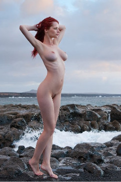 PIPER FAWN The busty captain - A redhead's pleasure hunt