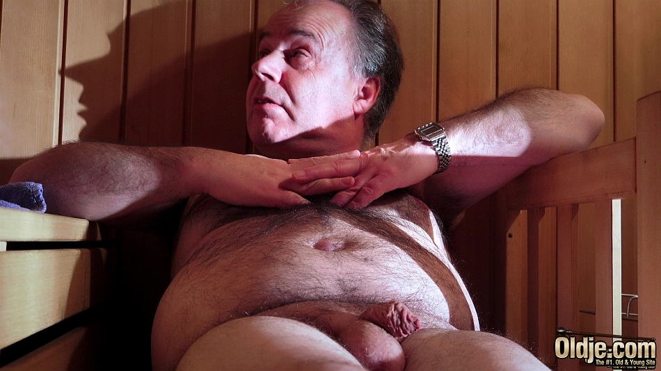 Chub Old Gay Sauna Spy Episode Turkies