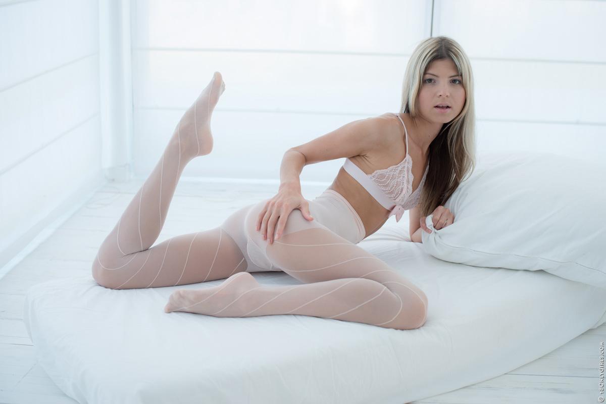 Comic wonder woman nude