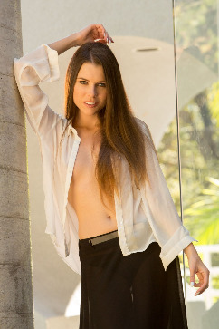 Valeria Alexa Sexual goddess - Her body fits you like a glove