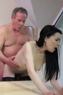 Luize Saint Easy Teen Secretary