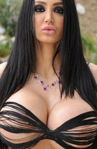 Amy Anderssen All the Curves