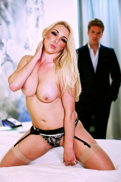 Victoria Summers Busty Blonde Slut Fucking With High Heels