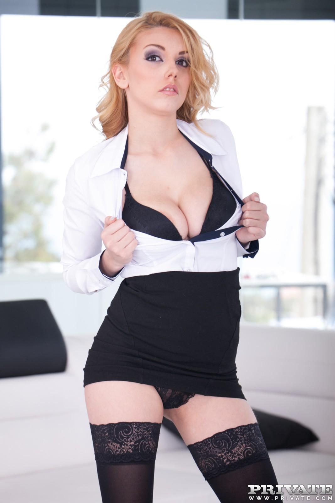 Public Agent Big Tits Blonde