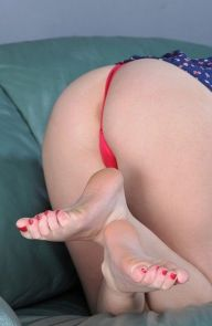 Marie McCray A bit of those toes