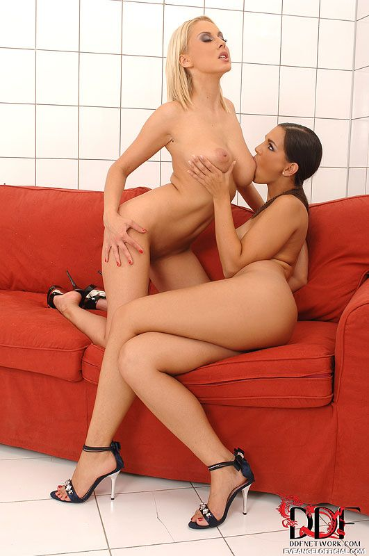 Perfectnaked Mandy Dee In Lesbian Action 4Tube 1