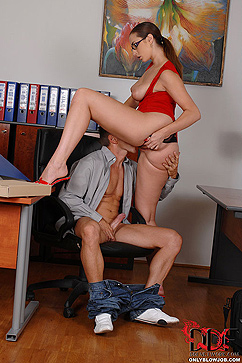 Paige Turnah Horny Female Boss Sucks Cock