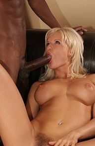 Kassey Krystal Blonde Gets Her Bush Plowed
