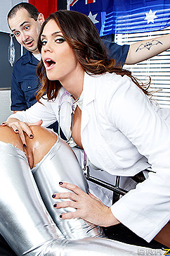 Alison Tyler Sexy medical staff hot threesome at work