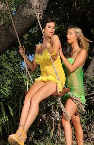 Billie Star Lesbians Lick Pussy On A Swing