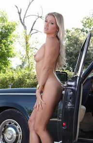 Blanca Brooke Delectable Newbie In A Rolls