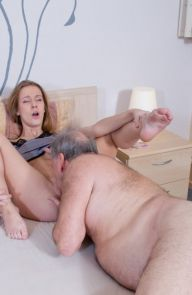 Alexis Crystal The Blackmailing Pussy