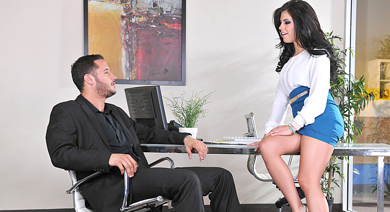Adriana Chechik Incredible babe fucking her client at the office