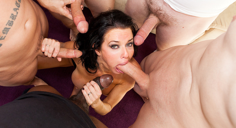 Veronica Avluv Veronica gets facial in a gang bang