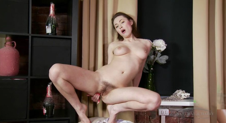 Macy Nata Hairy Russian Irene spreads her bush