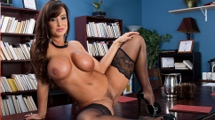 Lisa Ann Settling Out of Cunt