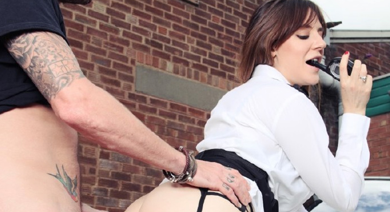 Samantha Bentley Carrying a concealed weapon