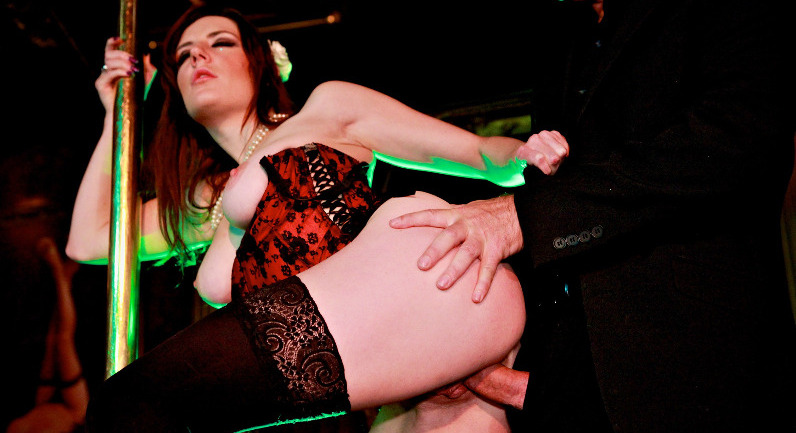 Samantha Bentley Exotic dancer performing sexual number